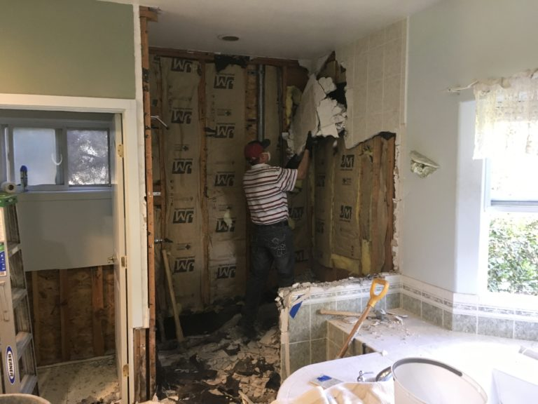 Bathroom Remodeling- Toluca Lake